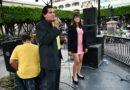 """DUO TRAVIESOS"" ameniza serenata dominical en la plaza de Sahuayo"