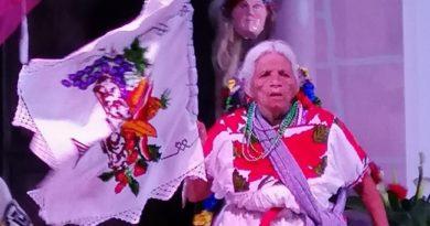 Premian a artistas ganadores del Concurso Artístico de la Raza Purhépecha en Zacán