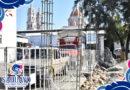 CONSTRUYEN MURO EN ESTACIONAMIENTO EN EL MERCADO MORELOS